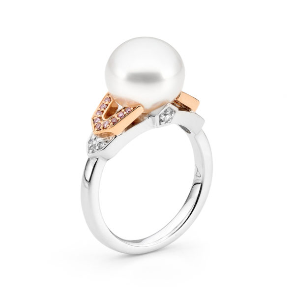 white and Argyle pink diamond pearl ring