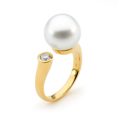 Bezel Diamond Pearl Ring