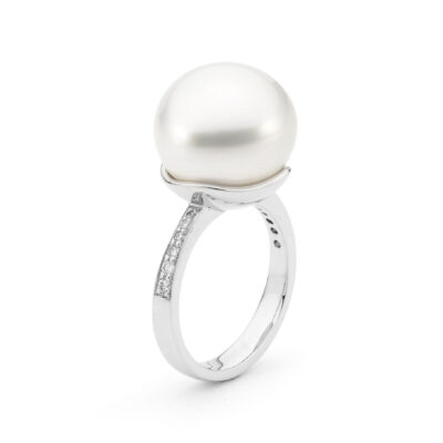 Diamond Baroque Pearl Ring