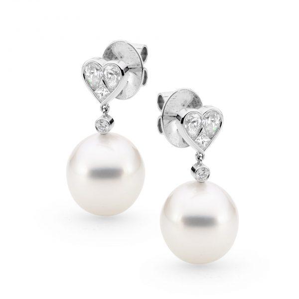 Diamond heart pearl earrings